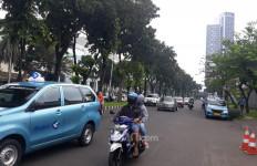 Hari Ketiga PSBB di Tangsel, Warga Masih Banyak yang Keluyuran - JPNN.com