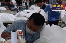 37 Perusahaan Kawasan Berikat Dapat Izin Bea Cukai untuk Produksi Masker dan APD - JPNN.com