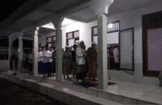 Santri Ponpes Mahfilud Dluror Mulai Puasa Ramadan Besok, Malam Ini Salat Tarawih - JPNN.com