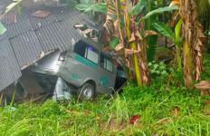 Ambulans Pembawa PDP COVID-19 Kecelakaan di Aceh, Begini Kronologinya - JPNN.com