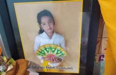 Indah Damayanti, Bocah 9 Tahun Itu Begitu Cepat Dipanggil Tuhan - JPNN.com