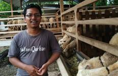 Tanfidzul Khoiri, Milenial asal Madiun, Peternak yang Punya Omzet Rp 90 Juta per Bulan - JPNN.com