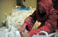Sahabat Kartini Bagikan 1.000 Paket Sembako kepada Warga Terdampak Corona - JPNN.com