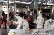 Bupati Bogor Minta Pembatasan Penumpang KRL Diperketat - JPNN.com
