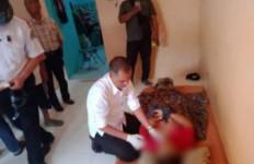 Usai Cekcok dengan Istri, Sang Suami Malah Melakukan Perbuatan Terlarang di Rumah - JPNN.com