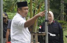 Pasien Corona Kabur Akhirnya Dijemput, Bupati: Warga Menangis - JPNN.com