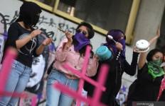 Perempuan di Negara Ini Menghadapi Kengerian Ganda, 3 Bulan Sudah 1.000 Dibunuh - JPNN.com