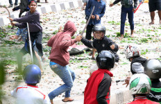 Pandemi Corona, Belasan Warga Tangerang Selatan Malah Tawuran - JPNN.com