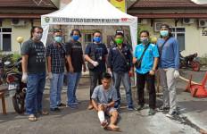 7 Tahun Buron, Zakaria Akhirnya Ditangkap di Lawang Kidul, Dooor! - JPNN.com