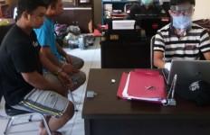 Orang-orang Lagi Santap Sahur, HS dan AJ Malah Melakukan Perbuatan Terlarang - JPNN.com
