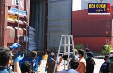 Bea Cukai dan Karantina Lepas Ekspor Komoditas Pertanian dengan Berat 28.000 Ton - JPNN.com