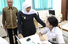 Gubernur Khofifah Bangga, Siswa Jatim Terbanyak Lolos SNMPTN 2020 - JPNN.com