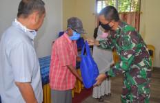 Lanal Banjarmasin Berbagi Berkah Ramadan Kepada Warga Lanjut Usia - JPNN.com