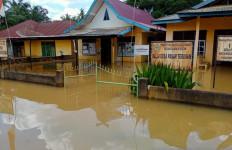 Ribuan Rumah di Batanghari Jambi Terendam Banjir - JPNN.com