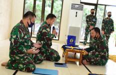 Kasal Laksamana Siwi Serahkan Zakat Mal di Masjid Al-Arif Cilangkap - JPNN.com