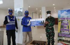 Human Initiative Distribusikan Madu Hutan Cindakko Untuk Tenaga Kesehatan di RS Darurat Wisma Atlet - JPNN.com