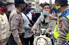 Lihat Aksi Koboi di Jonggol, Tegang, Menggemaskan - JPNN.com
