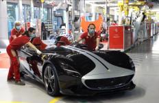 Model Pertama Ferrari yang Lahir Sejak Pabrik Ditutup Sementara - JPNN.com