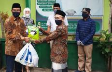 Lippo Karawaci Bagikan Paket Sembako ke 4 Ponpes dan 3 Panti Asuhan - JPNN.com