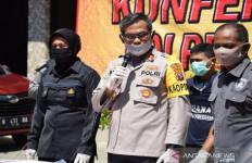 Dor, Kena! Polisi Tembak Maling Mobil - JPNN.com
