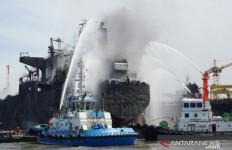 Update Korban Tewas Dalam Kebakaran Kapal Tanker di Belawan - JPNN.com