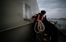 Potret Patroli Laut Bea Cukai Sorong Saat Pandemi COVID-19 - JPNN.com