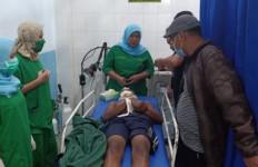 Remaja Masjid Dilempari Batu, Anggota Geng Motor Diamuk Massa Jadi Kayak Begini - JPNN.com