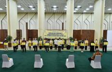Ikatan Istri Anggota Fraksi Golkar DPR Berbagi Berkah di Bulan Ramadan - JPNN.com