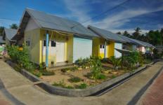 Keren, Pohuwatu Pakai Dana Desa untuk Bangun Rumah Sehat Gratis bagi Warga Miskin - JPNN.com