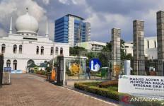 Inovasi Masjid Al Azhar di Tengah Pandemi, Bayar Zakat Tanpa Perlu Keluar dari Mobil - JPNN.com