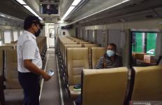 Besok Kereta Api Jarak Jauh Beroperasi Kembali, Penumpang Harus Pakai Face Shield - JPNN.com