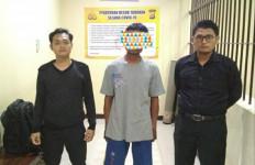 Cerai dari Istri, Pria Bejat Kesepian, Anak Tiri jadi Korban - JPNN.com