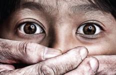 Cinta Buta Siswi SMP dan Pemuda 20 Tahun, Rencana Busuk Disusun Pelaku - JPNN.com