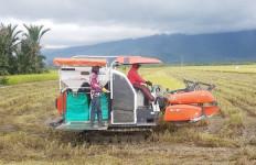 Kementan Beri Bantuan Alsintan Untuk 11 Poktan di Lampung Selatan - JPNN.com