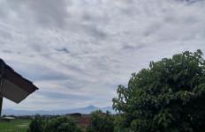 Tiba-Tiba Terdengar 6 Dentuman dari Langit di Bandung - JPNN.com