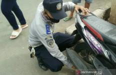 70 Motor di Pasar Tanah Abang Kena Operasi Cabut Pentil - JPNN.com