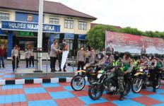 Alumni Akabri 2001 Berikan 1.200 Paket Sembako Buat Warga Majalengka - JPNN.com