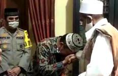Habib Umar Bangil Vs Anggota Satpol PP: Berakhir Haru dan Ada Hadiah Umrah - JPNN.com