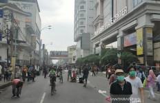 Kerumunan di Pasar Masih Terjadi, Pemkot Bandung Pasrah, Ya Sudahlah - JPNN.com