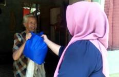Nek Bainar dan Siska Sangat Terharu dengan Bantuan Andre Rosiade - JPNN.com