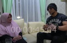 Deddy Corbuzier Datang ke RSPAD, Kunci Kamar Perawatan, Lalu Wawancarai Siti Fadilah - JPNN.com