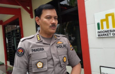 Abdul Muid Ayunkan Golok ke Leher Ibunya yang Sedang Menonton Televisi - JPNN.com