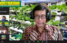 Kementan Mengajak Petani Milenial Garap Potensi Pangan Lokal - JPNN.com