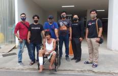 Pelaku Curanmor Itu Kini Terduduk di Kursi Roda setelah Kakinya Diterjang Peluru - JPNN.com