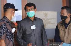 3 Orang Positif Corona, Satu Desa Diisolasi, Petugas Gabungan Bergerak - JPNN.com
