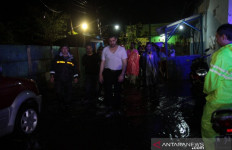 Hujan 8 Jam, Probolinggo Terendam Banjir, Kali Ini Cukup Parah - JPNN.com
