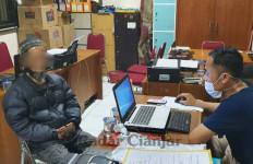 Pria di Cianjur Ditangkap Polisi Gegara Menghina Jokowi Tak Lulus Kuliah di UGM - JPNN.com