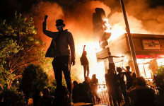 Kematian George Floyd Picu Kerusuhan di Seantero Amerika, Bagaimana Kabar WNI di Sana? - JPNN.com