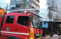 26 Rumah di Menteng Terbakar, Begini Situasinya - JPNN.com