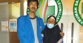 Janda 70 Tahun di Bogor Ditampar Petugas, Beras Bansos Miliknya Juga Dipotong 15 Kg